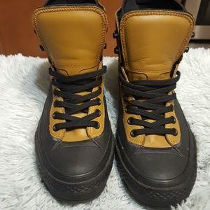 Men's Converse Boots. Waterproof. Size 10.5